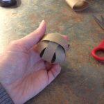 juguete casero con papel higiénico